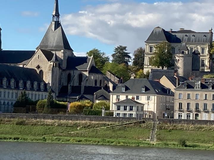 Maison de caractère avec vue Loire, centre, jardin