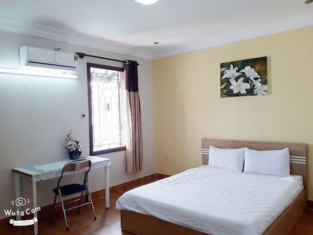 Love Homestay- Room 6
