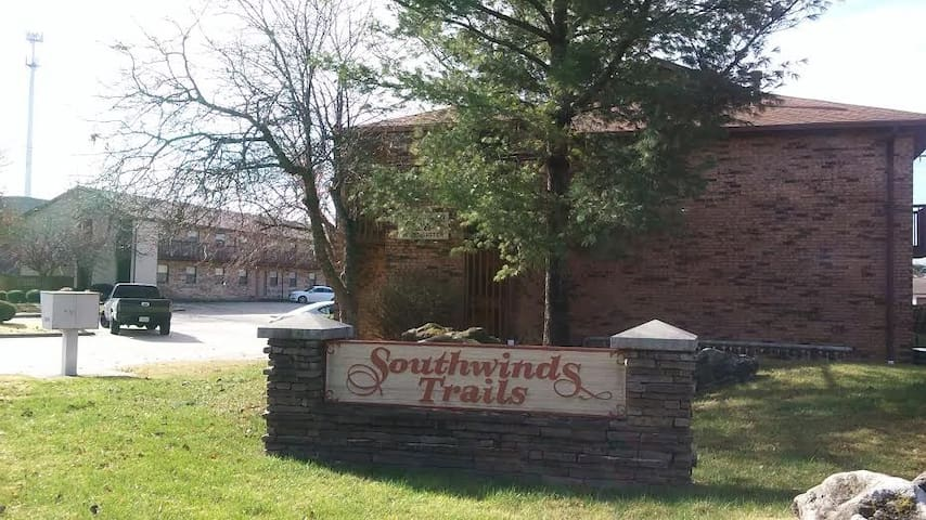 Southwinds Trails - Springfield - Apartment