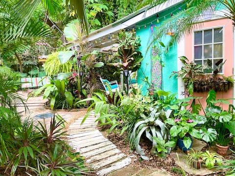 Key West cottage of Mt Dora