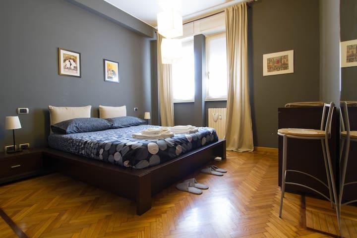 Darsena's flat