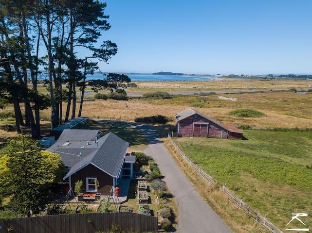 Ocean View farmhouse w/ Hot Tub & Organic Garden