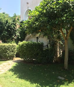 Incantevole abitazione in villaggio - Marina di Pisticci - บ้าน