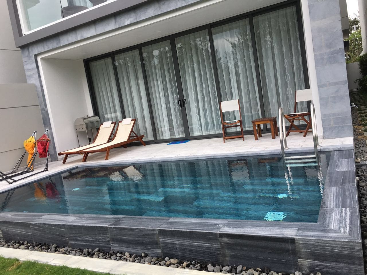 Beautiful private pool, BBQ, sun loungers and hammocks. Perfect for relaxing together in the sunshine.
