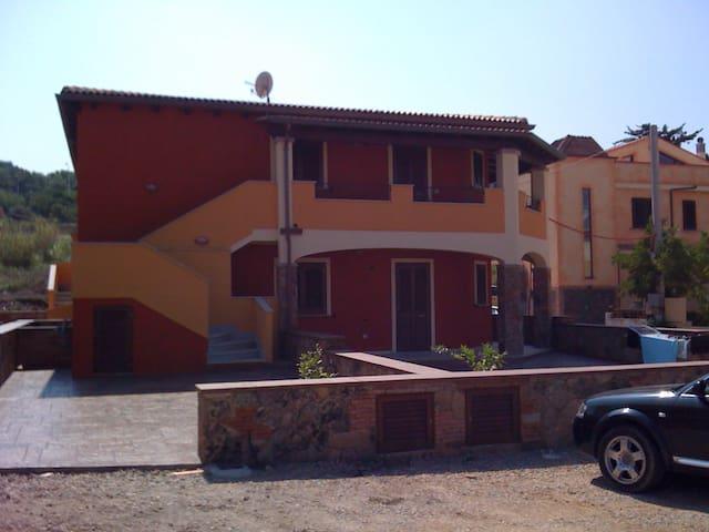 SARDEGNA - CASTELSARDO - appartamento nuovissimo