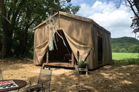 Glamping at Hayshed Farms On Big Turnbull Creek
