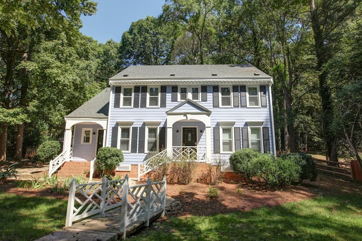 Renovated 5BR Getaway near Southpark