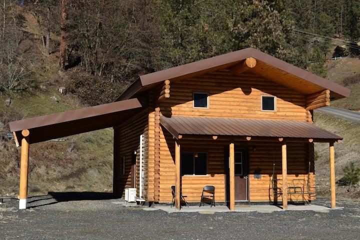 Correa's Cabins- Cabin A