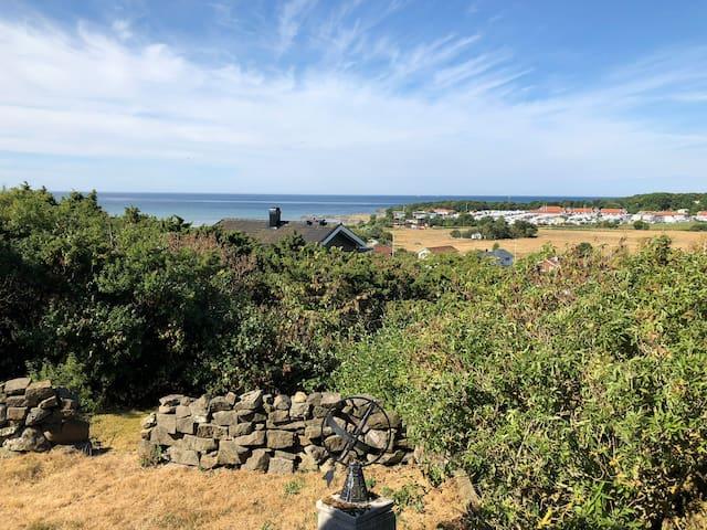 Apelviken, close to beach with a fantastic view!