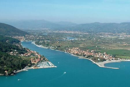 Vacanza al mare - Ameglia