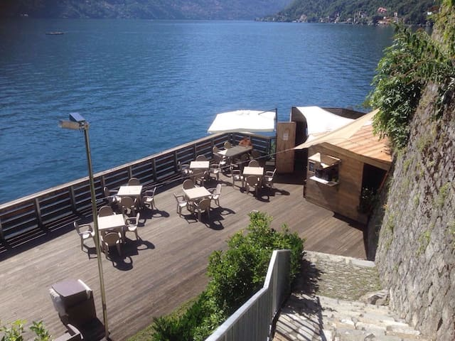 equipped sundeck with bar and restaurant