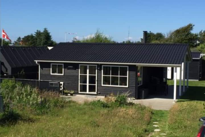 Dejligt sommerhus i Blokhus nær ved vesterhavet