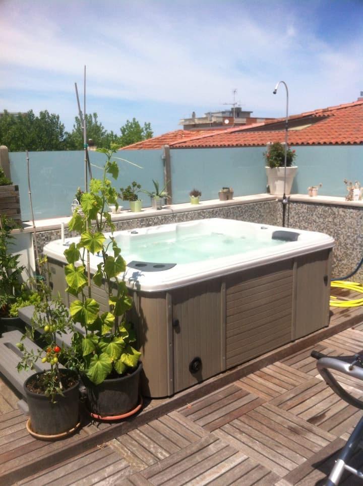 Attico con vasca idromassaggio a Villamarina