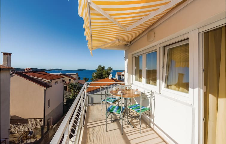 Holiday apartment with 2 bedrooms on 45m² in Zaboric