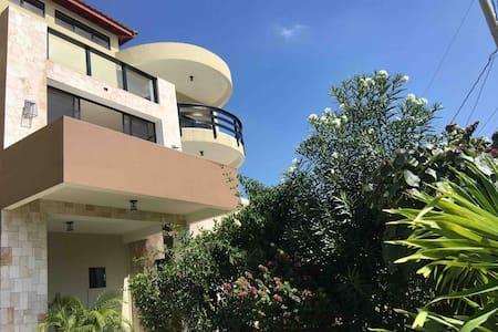 Akwaaba Penthouse Luxury Suite