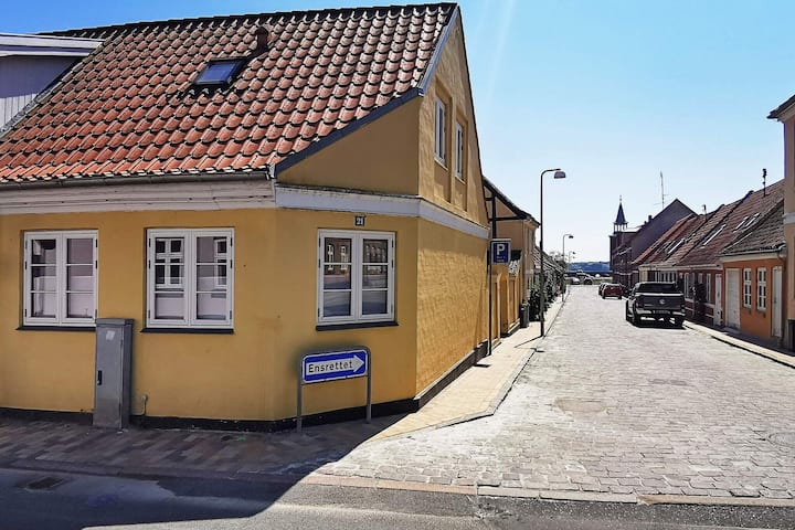 6 person holiday home in Faaborg