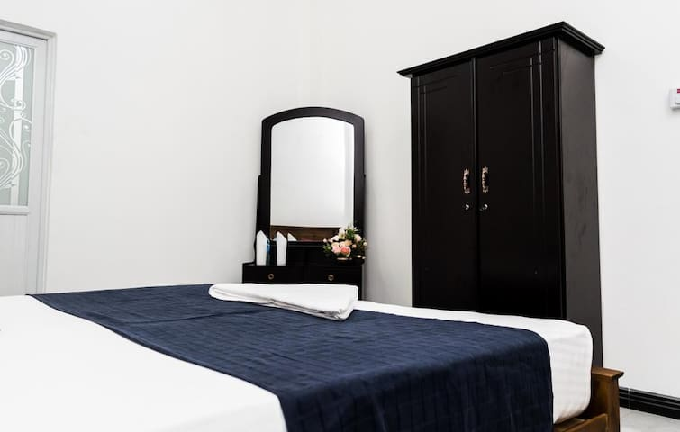 Deluxe Double Room(Non A/C)