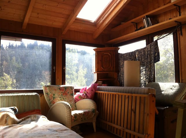 Einmaliges helles Zimmer fü Wanderer  im Dirndltal - Kirchberggegend