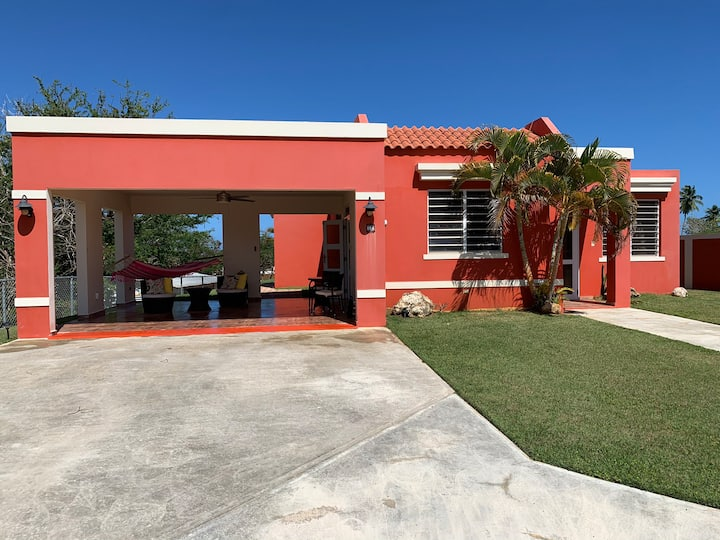 "Casa Tropical ""5 minutes from the Jobos beach"""