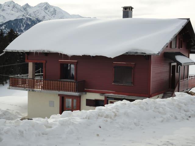 Face au Mont Blanc Magnifique chalet - Hauteluce - Hytte (i sveitsisk stil)