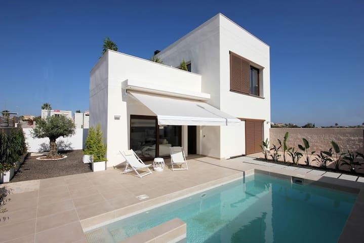 Villa contemporaine avec piscine - Proche ALICANTE - San Fulgencio
