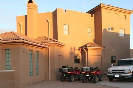 Arizona Resort Home - Near Grand Canyon Skywalk - Meadview - Haus