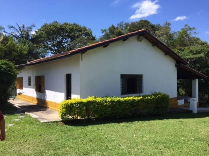 Sitio em Araçariguama / São Roque