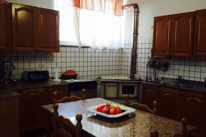 Comodo appartamento zona centro città - Locri
