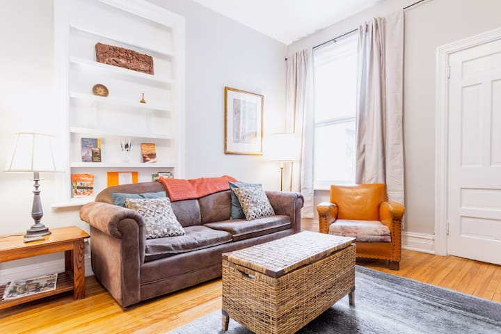 Cozy 1 bedroom in the Glebe