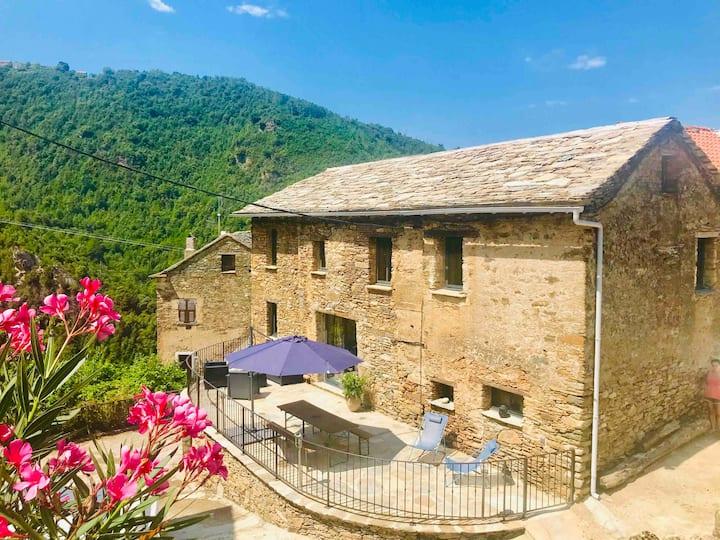 • A Casa Frassinca, Maison traditionnelle Corse •