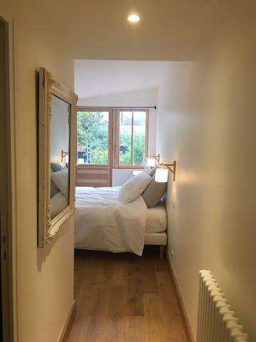 Charmante chambre au calme avec terrasse