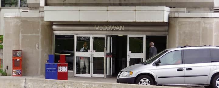 Meet up spot McCowan Station