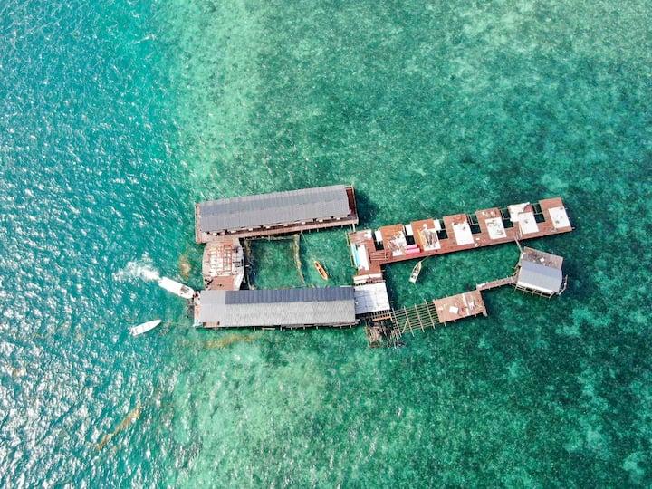 双床房 沙巴仙本那COCO水屋 住在海中央 坐拥10亩海域  情人节当天免费入住 包自助餐 潜水跳岛