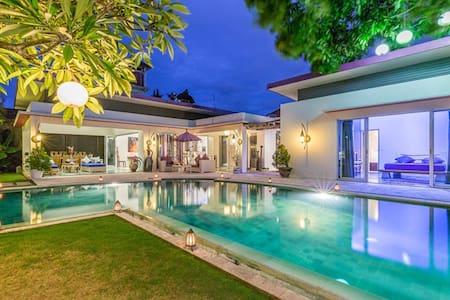 Amazing Villa 4 bedrooms villa 10x7 pool