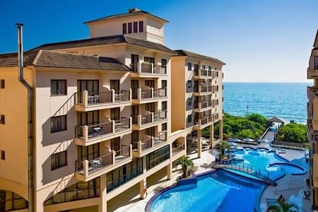 Apartamento Studio beira mar Jurere - Florianópolis