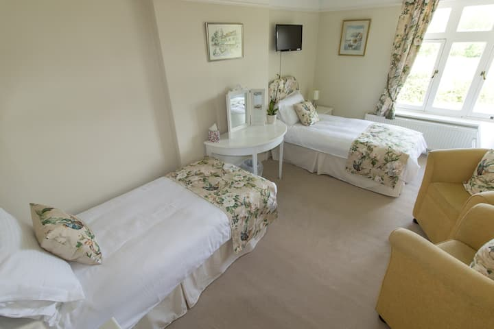 Central New Forest - Farmhouse Bed & Breakfast