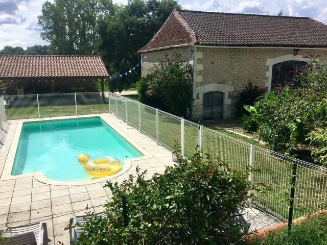 Maison de campagne avec piscine privative