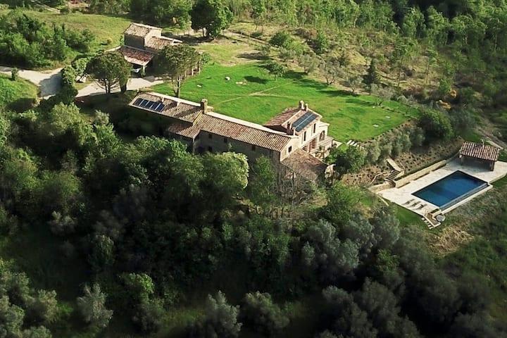 Casa Celestiale. Stunning villa with infinity pool