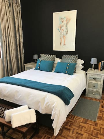 Stellenbosch Dorp str. Apartment