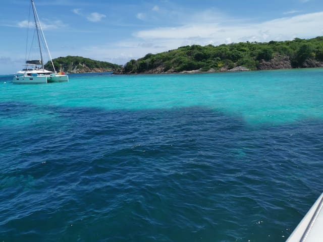 Best 360° ocean view in Grenada on a Catamaran