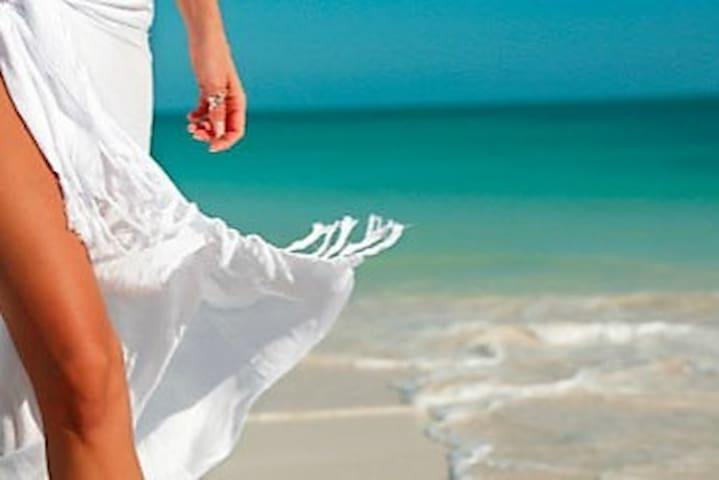 Beach Baby Kiama - Stroll to beaches & town ♥
