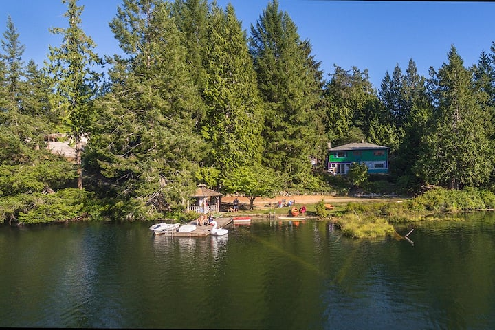 Turtle Island Cottage for Families