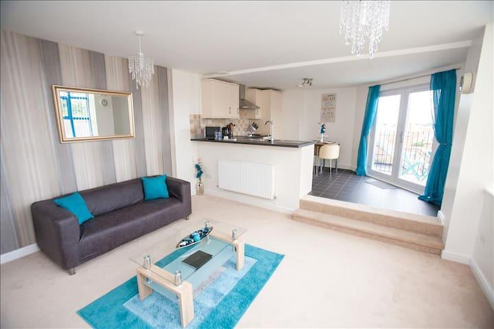 Hamilton Grace - Carrington Apartment - Swindon - Apartamento