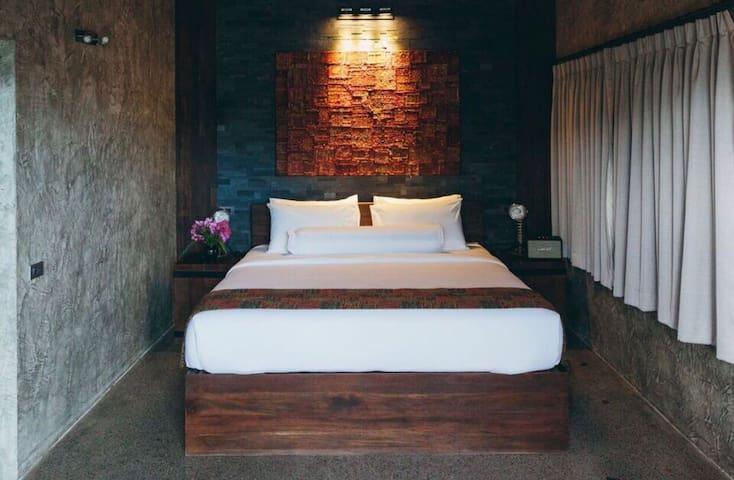 River side Luxury Villa