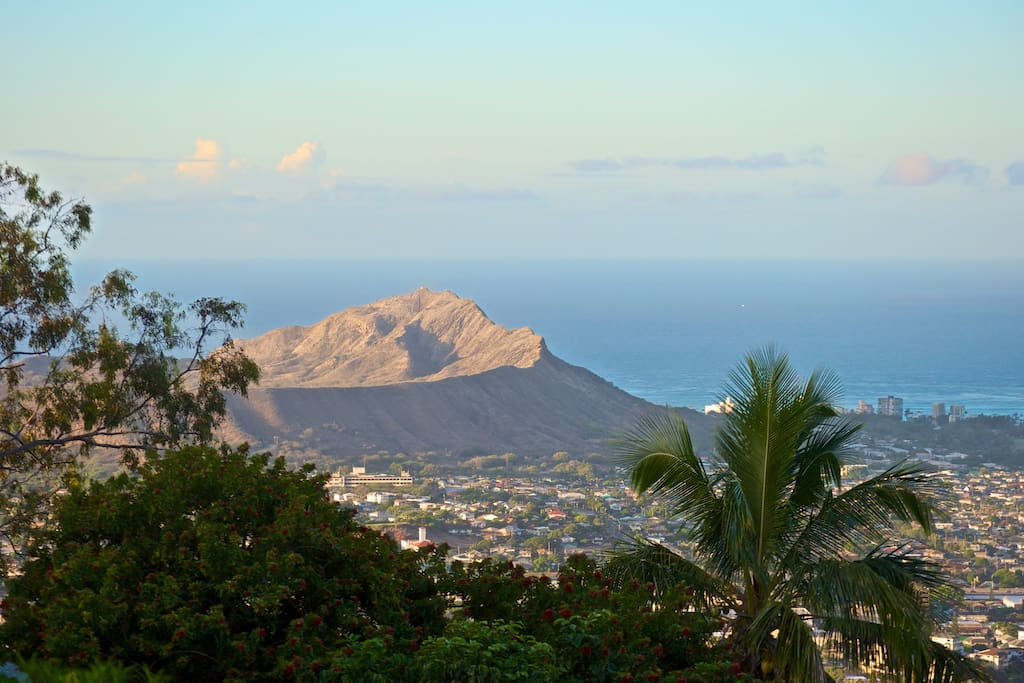 Diamond Head and ocean view