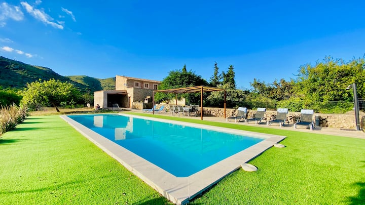 Rural Villa with Pool and BBQ - 15min to the Beach