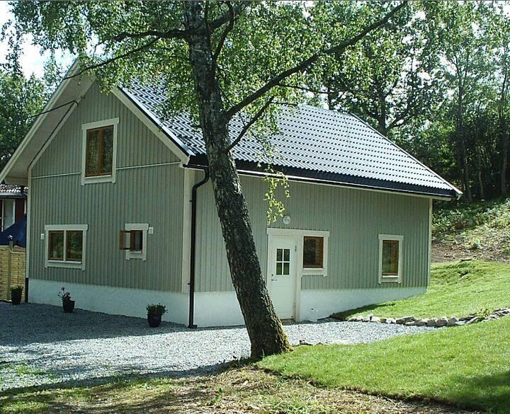 Strandnära bekvämt hus nära Marstrand och Göteborg