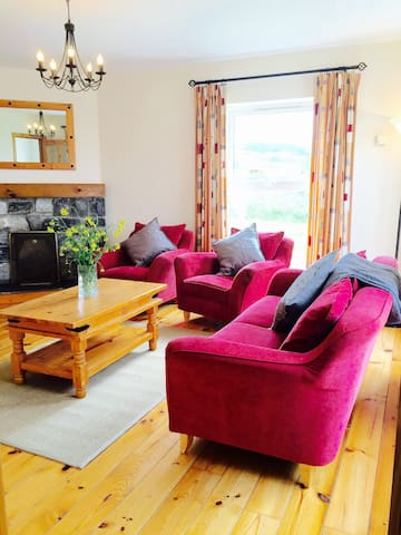 Doolin Holiday Cottage - Roadford - Apartment
