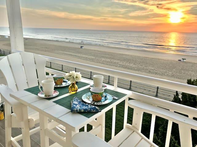 Oceanfront Gem VA Beach Studio Exceptional Views!