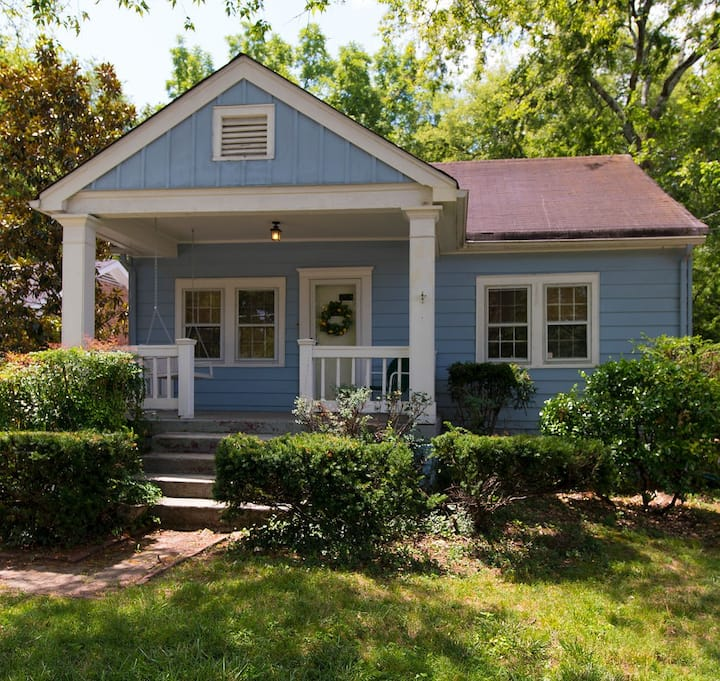 Sylvan Park Boutique Bungalow 5 mins to Vanderbilt